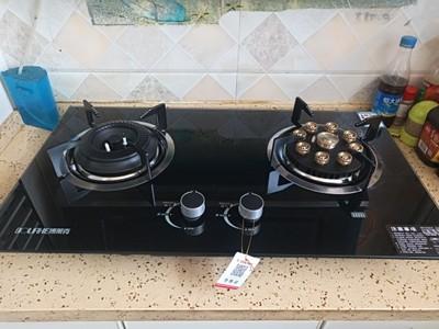 购买安装使用中的博莱克燃气灶煤气炉具