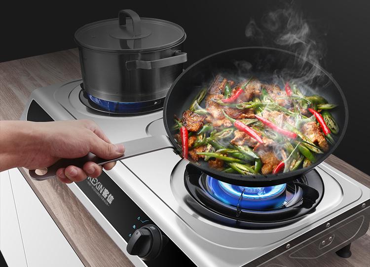 使用铸铁炉头的台式煤气炉灶具