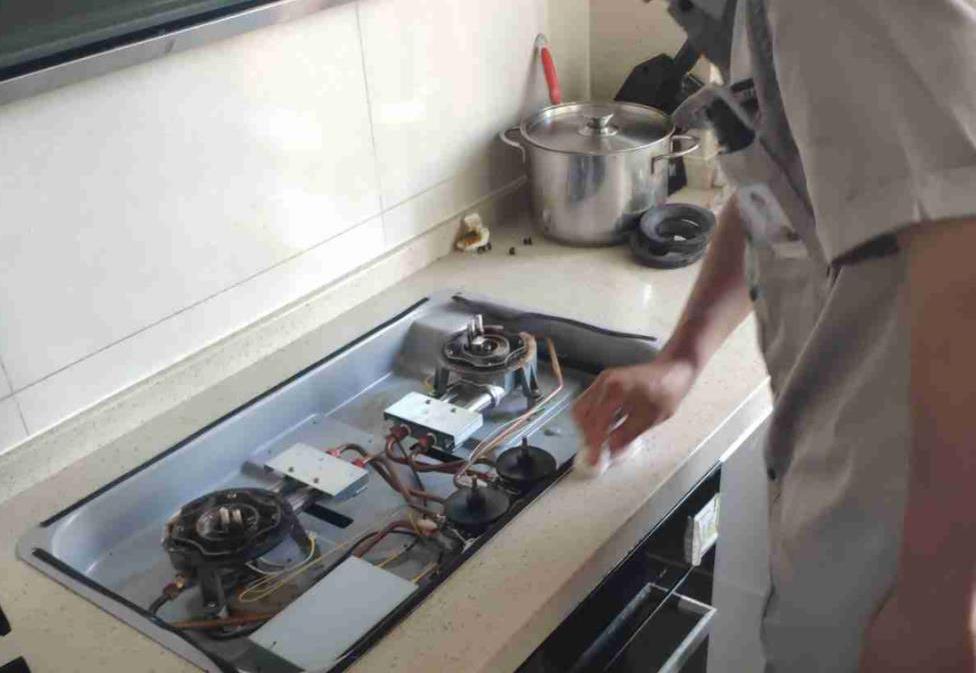 炉灶具售后服务处理
